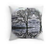 circle of the tree Throw Pillow