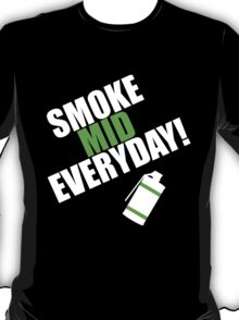 CS:GO - SMOKE MID EVERYDAY! T-Shirt