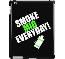CS:GO - SMOKE MID EVERYDAY! iPad Case/Skin