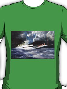 RMS Titanic and her sister the HMHS Britannic T-Shirt