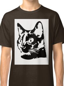 Black cat head with big round eyes Classic T-Shirt