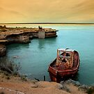 rusty boat.. by Silvia Marmori