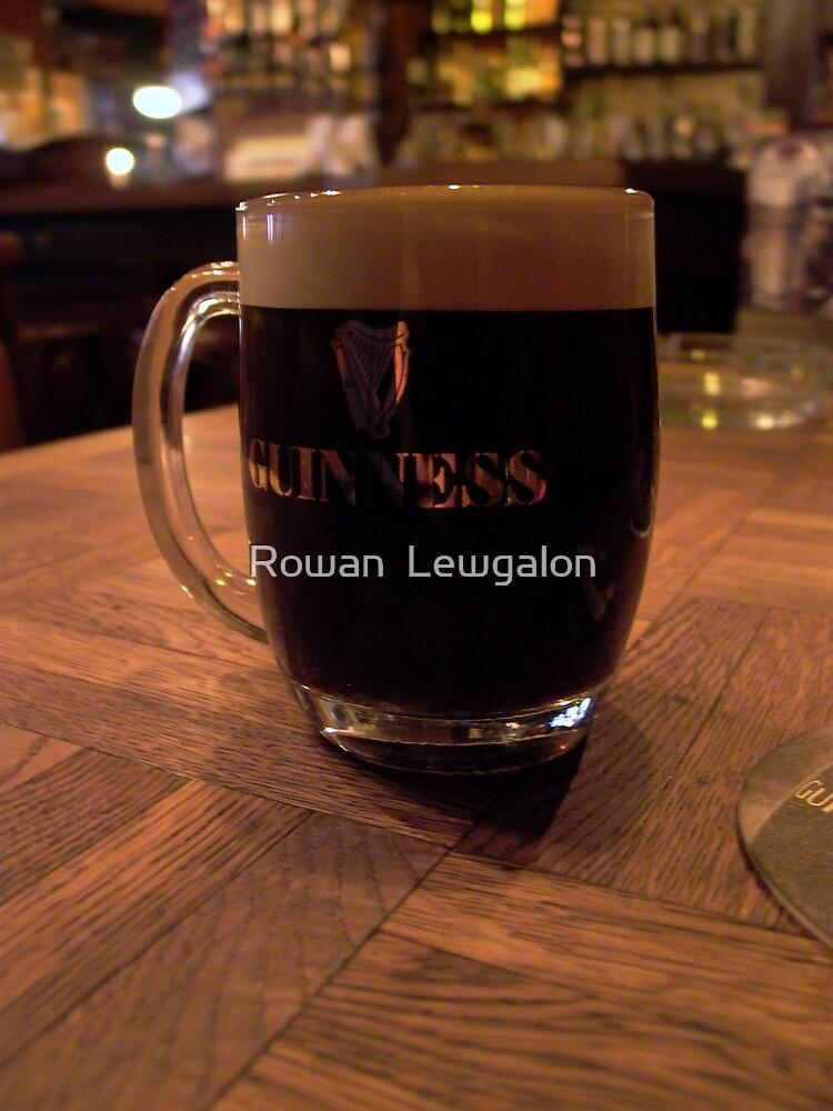 Black piece of liquid heaven by Rowan  Lewgalon