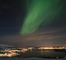 Aurora over Tromsø by peter jensen
