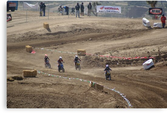 Mini's on the turn @ Loretta Lynn SW Area Qualifier Competitive Edge MX - Hesperia, CA, (353 Views as of May 9, 2011) by leih2008
