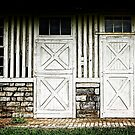 Star barn - south doors by Jeff  Wiles
