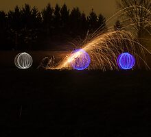 Christmas Eve LightPainting by he8us