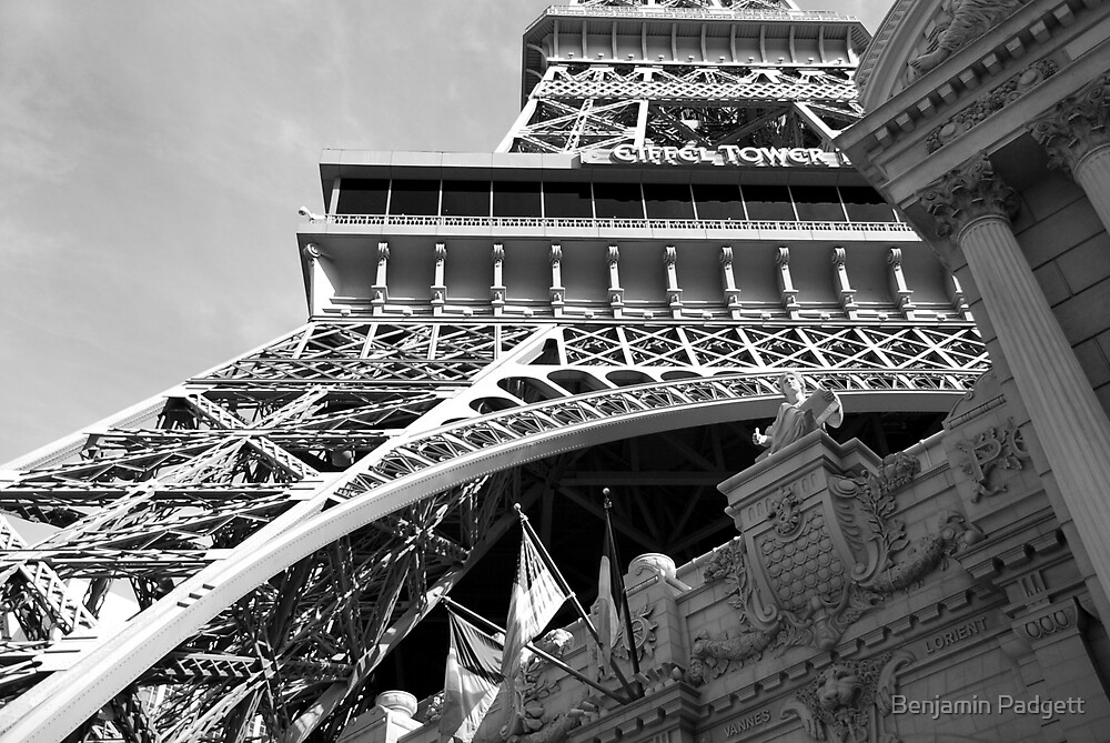 No. 6, La Tour Eiffel de Vegas by Benjamin Padgett
