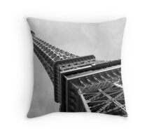 No. 8, La Tour Eiffel de Vegas Throw Pillow