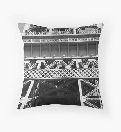 No. 10, La Tour Eiffel de Vegas Throw Pillow