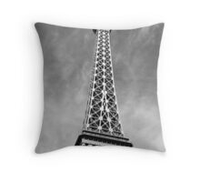 No. 13, La Tour Eiffel de Vegas Throw Pillow
