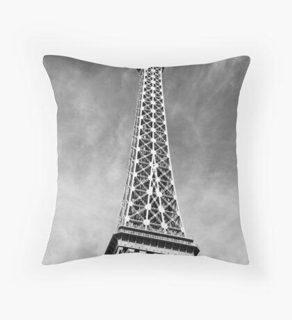 No. 13, La Tour Eiffel de Vegas Throw Pillow