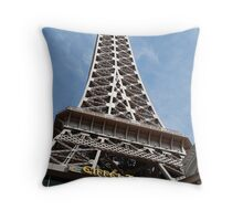 No. 35, La Tour Eiffel de Vegas Throw Pillow