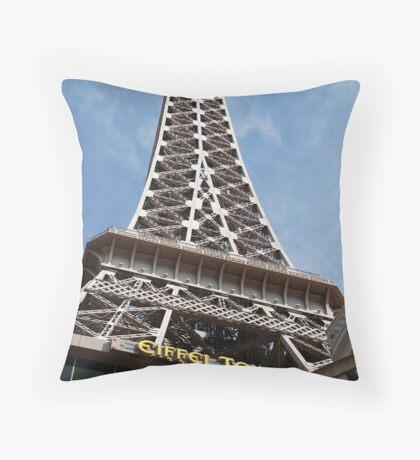 No. 35, La Tour Eiffel de Vegas Throw Pillow