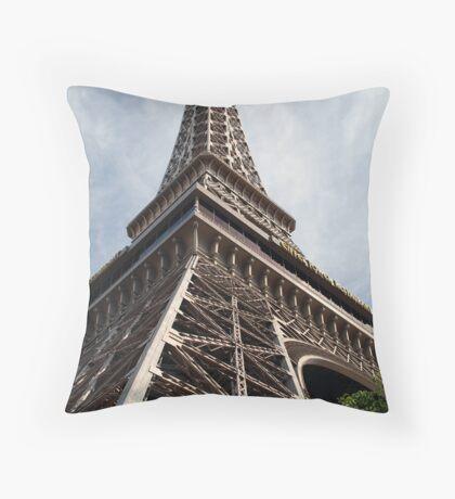 No. 36, La Tour Eiffel de Vegas Throw Pillow