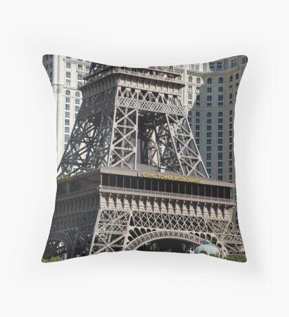 No. 38, La Tour Eiffel de Vegas Throw Pillow