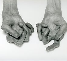 HANDS IN OLD AGE by Karo / Caroline Evans (Caux-Evans)