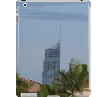 Q1 Building in the Afternoon Sun iPad Case/Skin