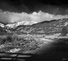 Moraine Monotone by John  De Bord Photography