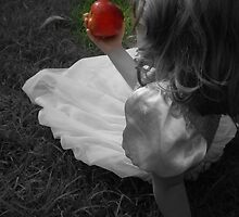 The poison apple .. by Jessica Lauren Smith