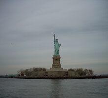 statue of liberty by Josh  Petterson
