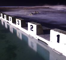 Merewether Ocean Baths by Matt  Streatfeild