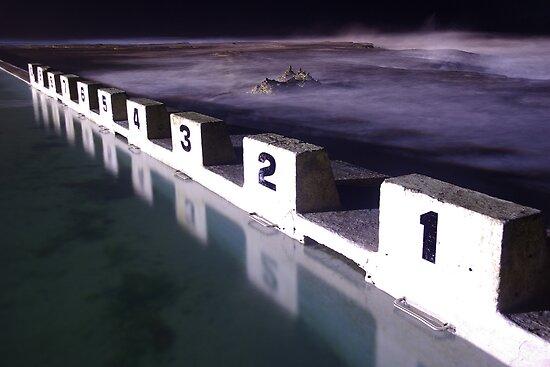 Merewether Ocean Baths by Matt  Streatfeild