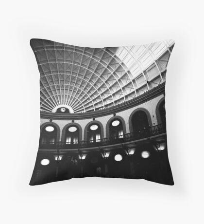 Leeds Corn Exchange (2) Throw Pillow