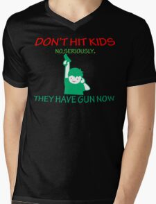 DONT HIT KIDS THEY HAVE GUNS NOW Funny Geek Nerd Mens V-Neck T-Shirt