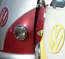2 x VW Camper Van by bubblebat