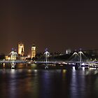 Hungerford Bridge, London Eye and Parlament by Sergey Galagan
