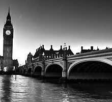 Westminster Bridge and Big Ben by DavidHornchurch
