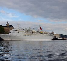 Cruise Ship Black Watch by Malcolm Snook