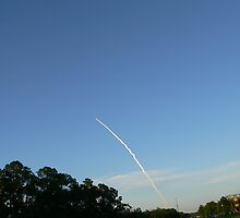 Space Shuttle Enroute by kevint