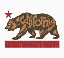 Fuzzy California Bear (vintage distressed look) by robotface