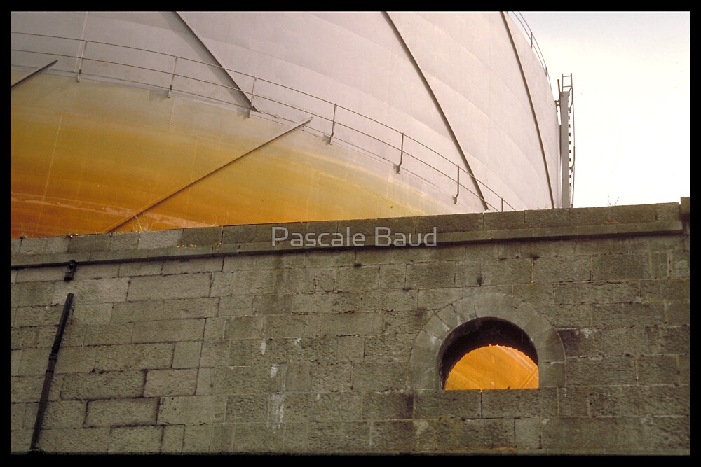 Industrial tank - Limerick - Ireland by Pascale Baud
