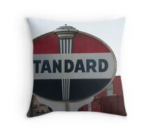 Just your standard UFO. Throw Pillow