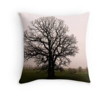Oak outlines Throw Pillow