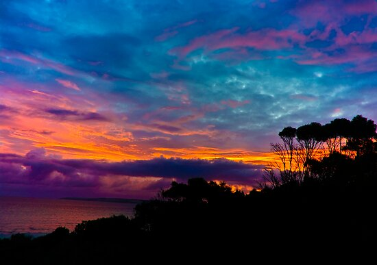 A Kangaroo Island Sunrise by Harry Dinnen