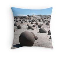 Valle de la Luna Throw Pillow