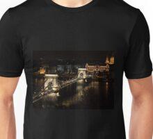 Chain bridge of Budapest at night Unisex T-Shirt