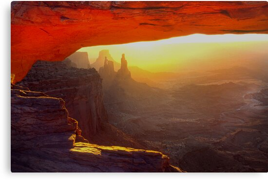 Mesa Arch by Steve  Taylor