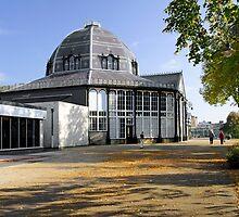 The Octagon, Buxton Pavilion Gardens by Rod Johnson