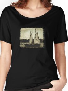 In The Harbour Tee Women's Relaxed Fit T-Shirt