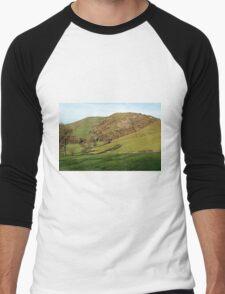 Across Thorpe Cloud to Bunster Hill Men's Baseball ¾ T-Shirt