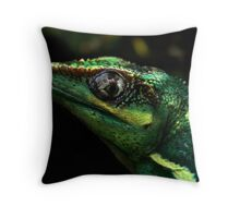 Knight Anole Throw Pillow