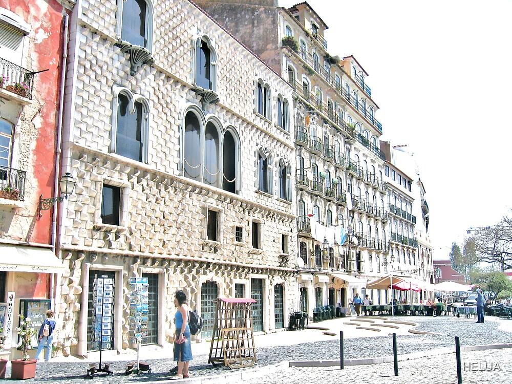 Rua dos Bacalhoeiros by HELUA