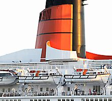 QE2 by Liv Stockley