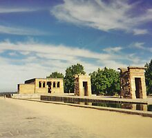 Gates to Temple of Debod by jadekrapsen