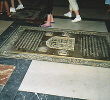 Footsteps of Colón by jadekrapsen